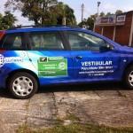 personalização de carro com adesivo