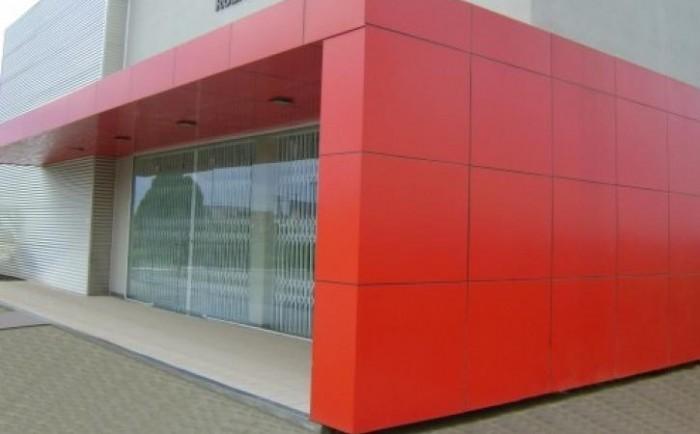 Fachadas de acm totens e placas acm mug lab - Material para fachadas ...