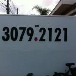 telefone para fachada em relevo
